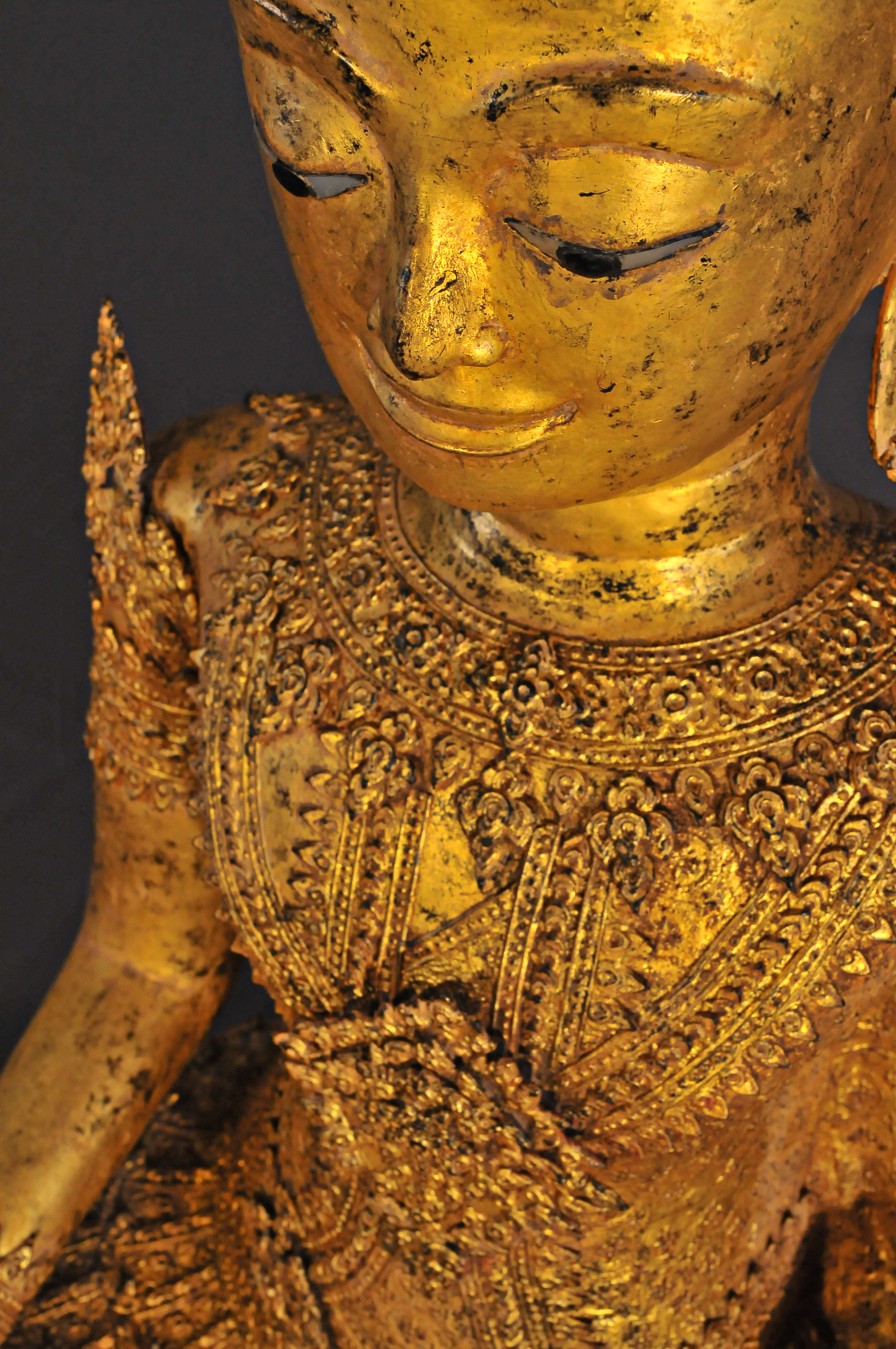 Crowned gilded bronze Buddha