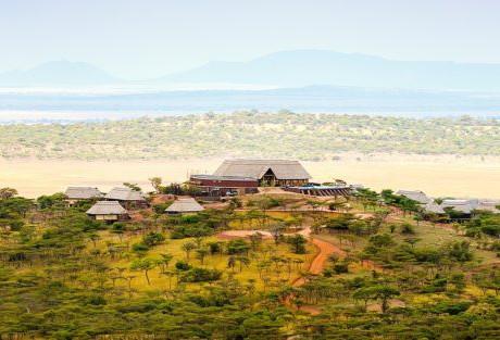 Energía solar segura OFF-GRID en El medio de la Reserva SERENGETI en TANZANIA...