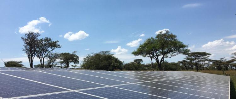 paneles_solares, lahia_lodge, tanzania, serengeti