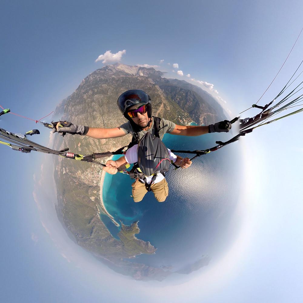 360 derece yamaç paraşütü atlayışı