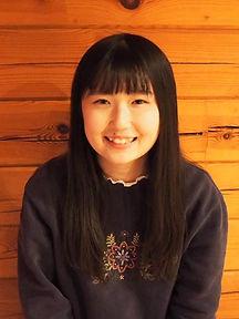 りっちゃん写真_edited.jpg