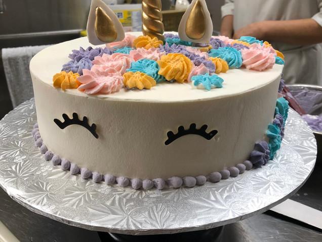 Unicorn - Vanilla Custard Cake