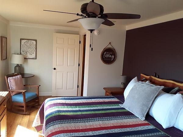 Deb's Bedroom 1.jpg