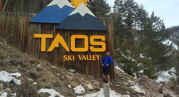 Taos Ski Valley, Colorado Airport, Taos