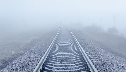 Surveillance voie ferrée, hauteur des rails