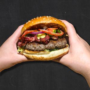 פינהבורגר עם בייקון טלה
