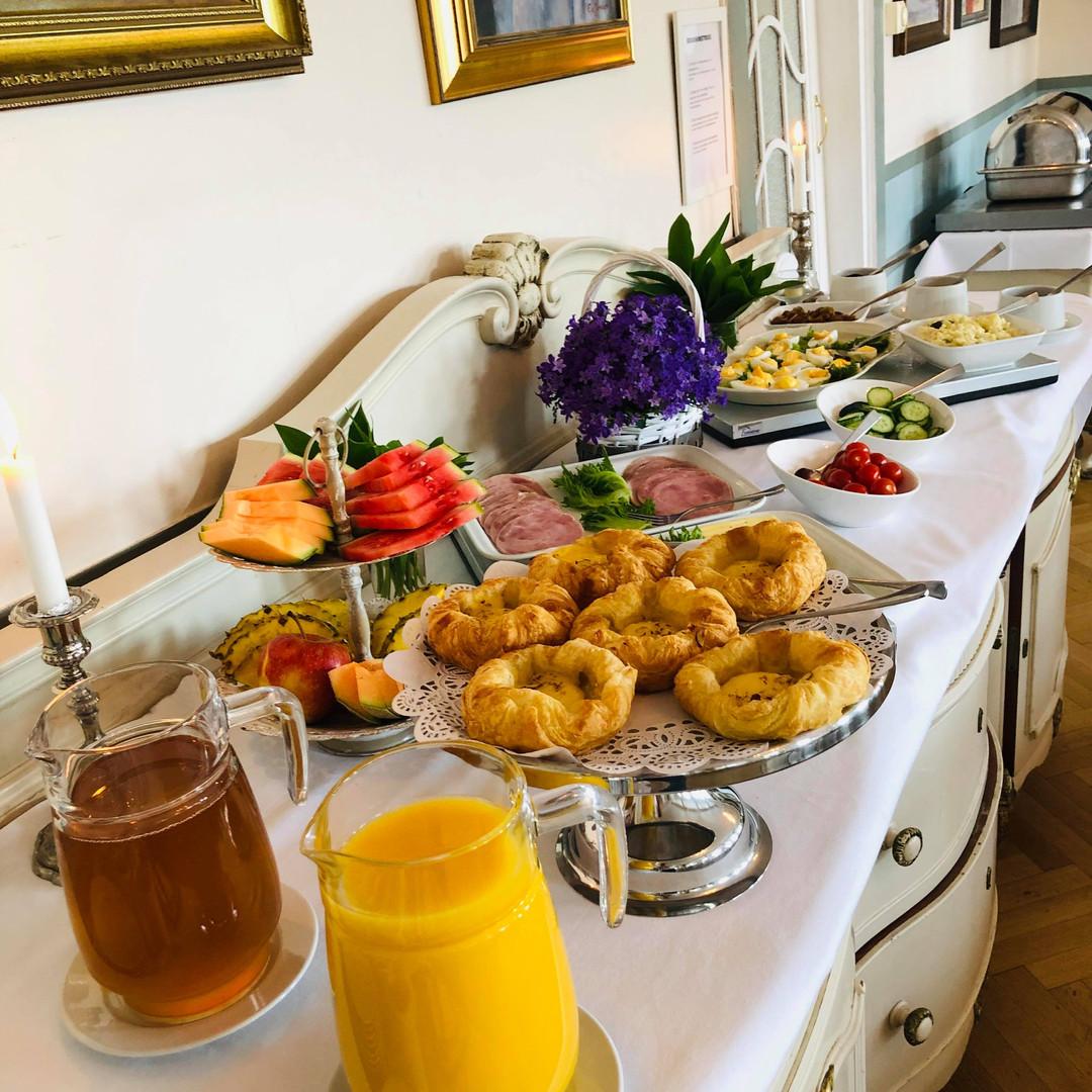 Frokost - Breakfast - Frühstück