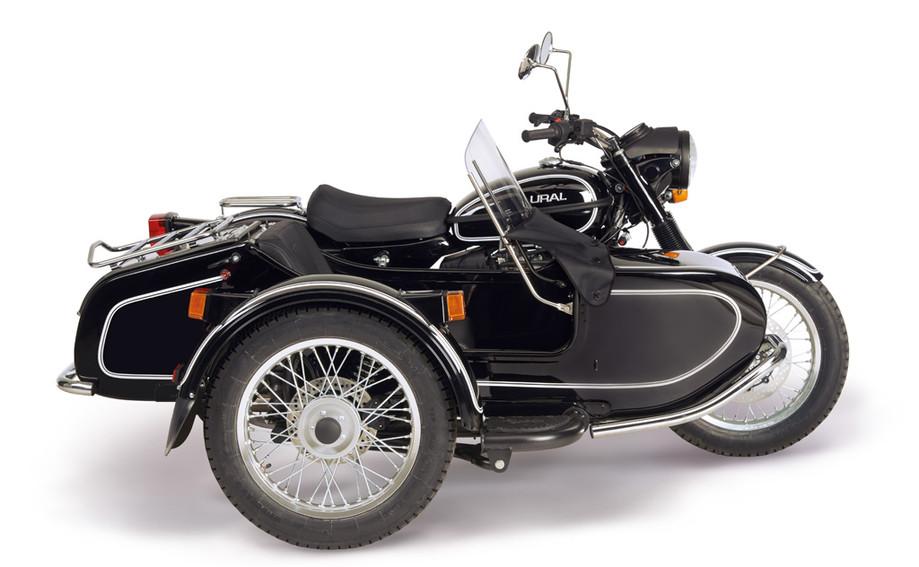 Ural Classic black