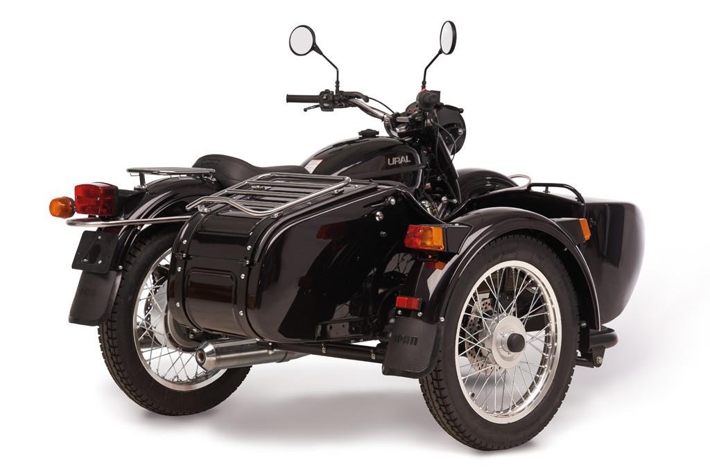 Ural cT Schwarz metallic 4