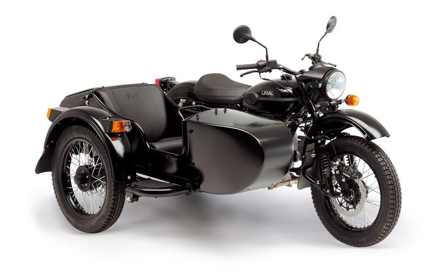 Ural T Black matt 1