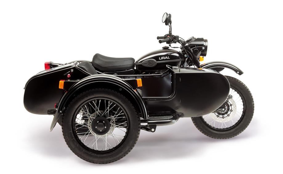 Ural T Black matt 2