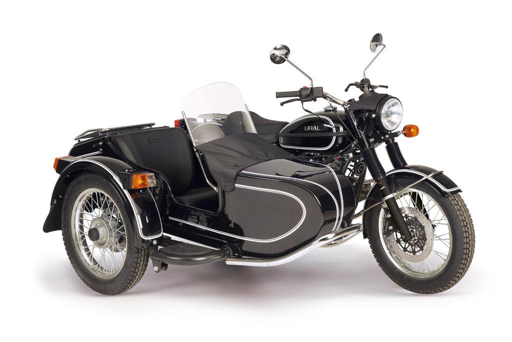 Ural Classic black 8 19