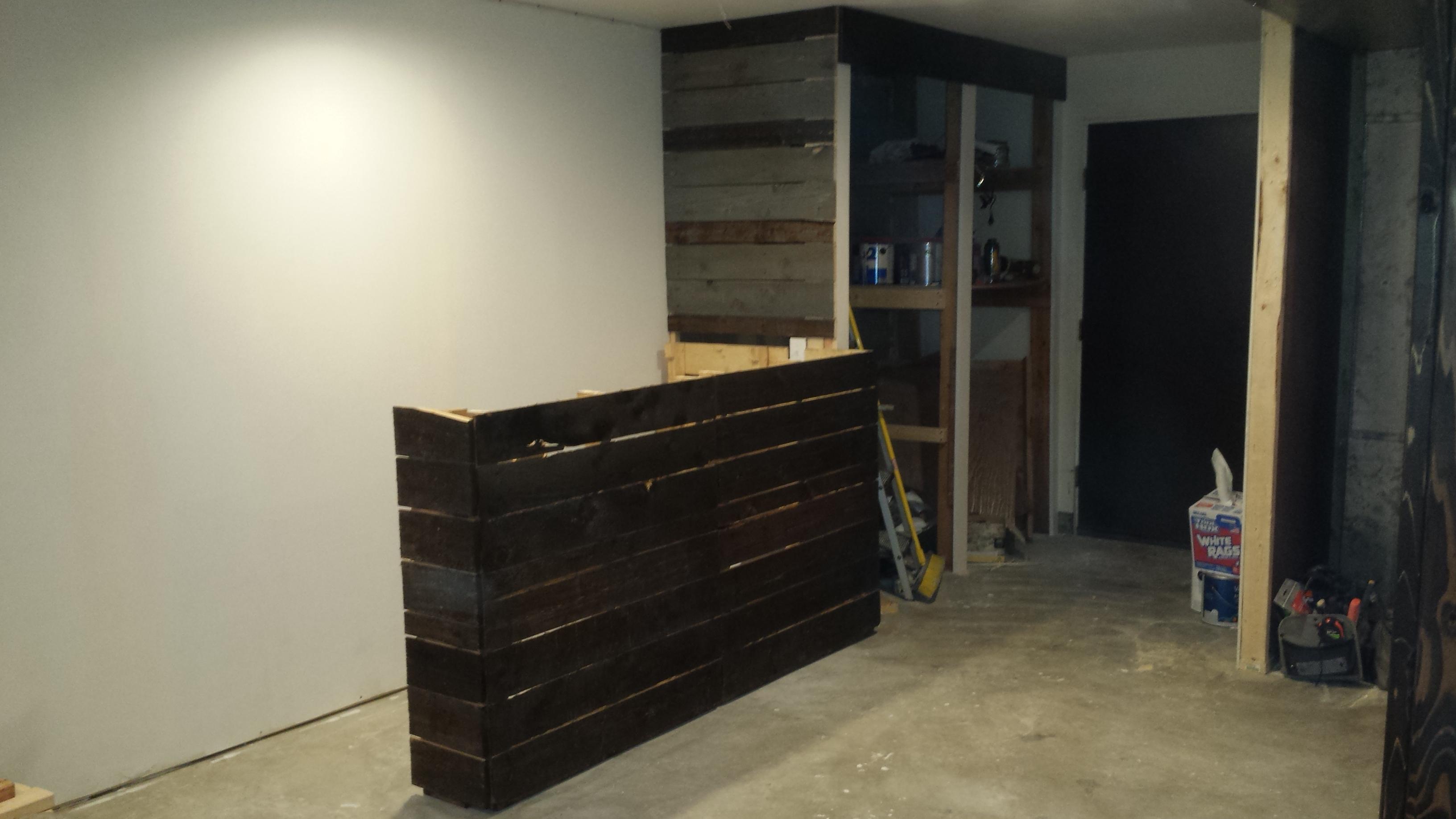 Custom Pallet Bar in Barberton