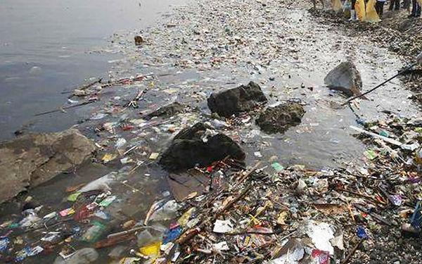 Sampah-river-garbage-sungai-reuters.jpg