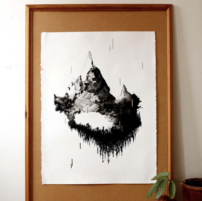 """EXCLUSIVE ART PRINT - """" I øde.""""  (∼ """" Into the desolate."""" )   Limited edition 2coloured Lithographic Art Print  (print technique from1796)  76x56cm Arches 88, 300gr acid free cottonpaper Artistic Interpretation of Sohnarr by Lieven Hendrickx Printed at Studio ROTS, Mechelen    Limited to 75 copies"""