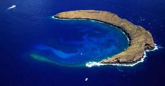 molokini_crater.jpg