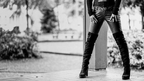 Intro_Bilder_Quirin_Gertz_Lahr_Ortenau_Baden_Württemberg_Streetfotografie_Black_White_Fotografie_Streetart_Monochrome_Fujifilm_X-T2-7.jpg