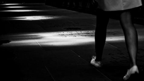 About_Feets_Quirin_Gertz_Lahr_Ortenau_Baden_Württemberg_Streetfotografie_Black_White_Fotografie_Streetart_Monochrome_Fujifilm_X-T2-6.jpg