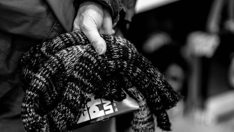 About_Hands_Quirin_Gertz_Lahr_Ortenau_Baden_Württemberg_Streetfotografie_Black_White_Fotografie_Streetart_Monochrome_Fujifilm_X-T2-10.jpg