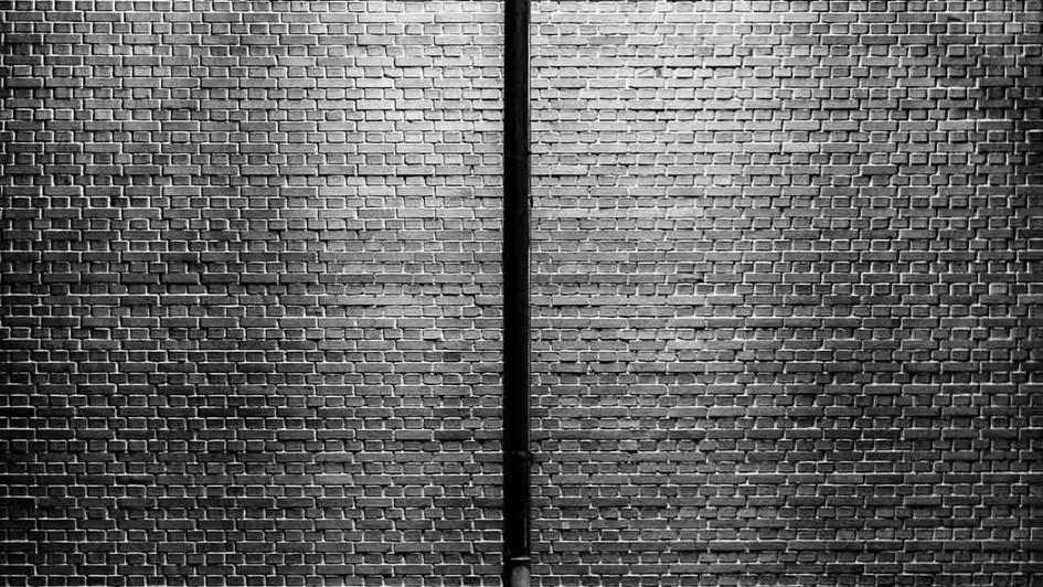 Just_Streetr_Quirin_Gertz_Lahr_Ortenau_Baden_Württemberg_Streetfotografie_Black_White_Fotografie_Streetart_Monochrome_Fujifilm_X-T2-2.jpg