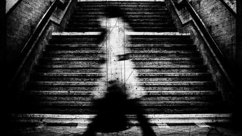 Dystopiar_Quirin_Gertz_Lahr_Ortenau_Baden_Württemberg_Streetfotografie_Black_White_Fotografie_Streetart_Monochrome_Fujifilm_X-T2-2.jpg