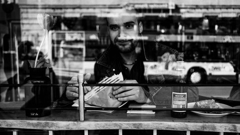 The_Others_Quirin_Gertz_Lahr_Ortenau_Baden_Württemberg_Streetfotografie_Black_White_Fotografie_Streetart_Monochrome_Fujifilm_X-T2-3.jpg