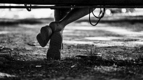 About_Feets_Quirin_Gertz_Lahr_Ortenau_Baden_Württemberg_Streetfotografie_Black_White_Fotografie_Streetart_Monochrome_Fujifilm_X-T2-3.jpg