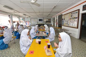 Bantuan makanan YWP diteruskan, pelajar diseru elak pembaziran