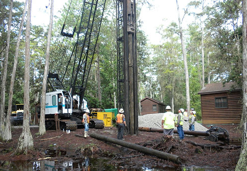 timber piling contractor