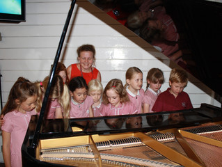 Year 3 Pupils Receive Music Certificates