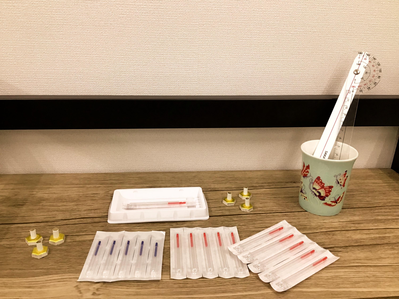 ディスポーザブル鍼(使い捨て)・お灸・関節可動域を測る器具