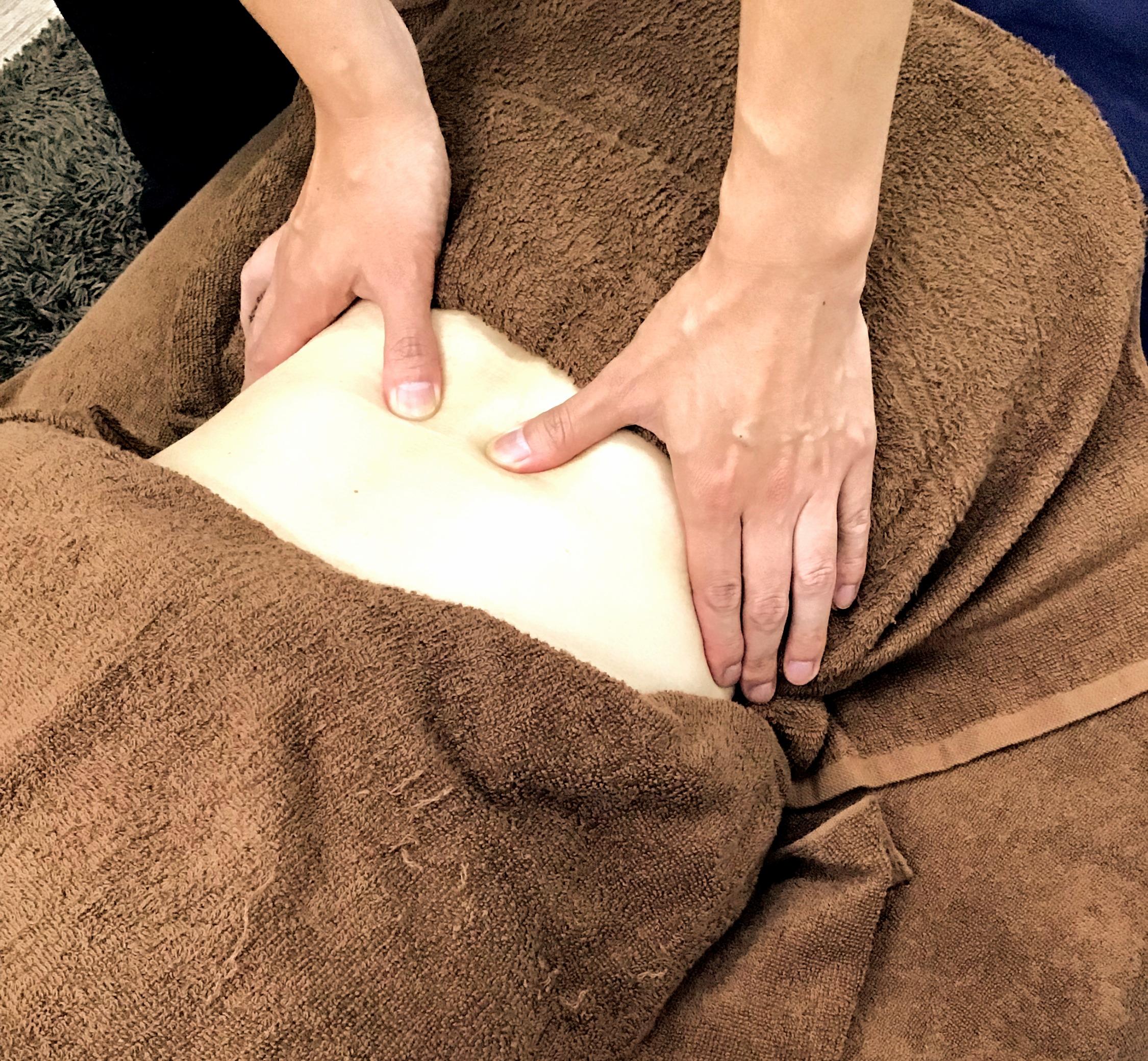 お体の状態に合わせてマッサージ・指圧・オイルなど使い分けます
