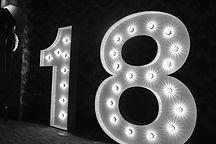 CIFRE luminoase de inchiriat 18- Boutique de Litere