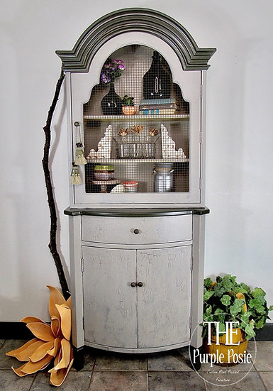 French Country/Farmhouse Hutch