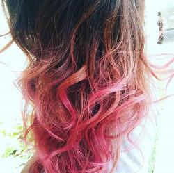 #getacut916 #pinkhair #pink #red #violet #purple #purplehair #eyebrowsonfleek #hardpart #sacramento