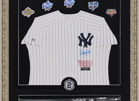 Derek Jeter hand signed jersey, Bat and five World Series patches
