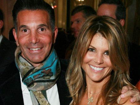 Lori Loughlin's Case Cries Out for Jury Nullification
