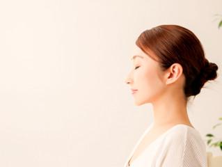 「精油の香」がもたらす瞑想の効果