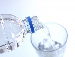 ビール10本飲むと11本分の水分が排出される!!ヒトの体