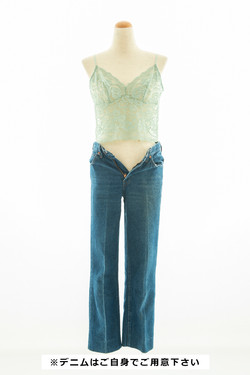 グリーンランジェリーキャミ × デニム(私物)