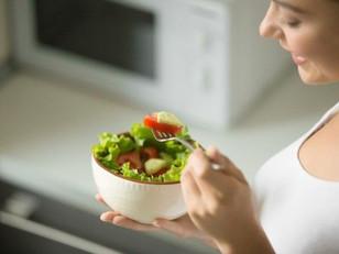 Tomate: médico especialista lista diversos benefícios do alimento para a saúde