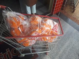 Acipi doa meia tonelada de alimentos para instituições de Piracicaba