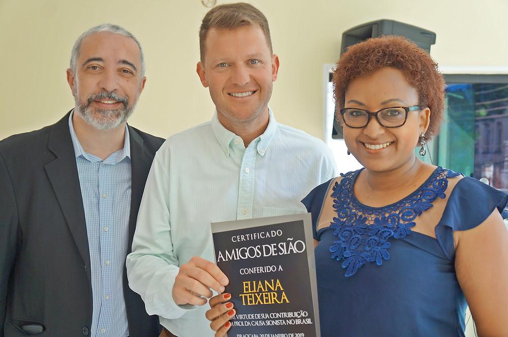 Mauricio Ribeiro, Marcelo Rosenthal e Eliana Teixeira, em evento dos Amigos de Sião, em 2019 - Crédito: Divulgação