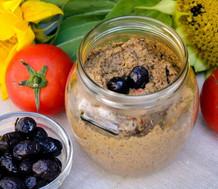 Nutricionista cadastrada na GetNinjas ensina o preparo de pratos salgados e doces veganos