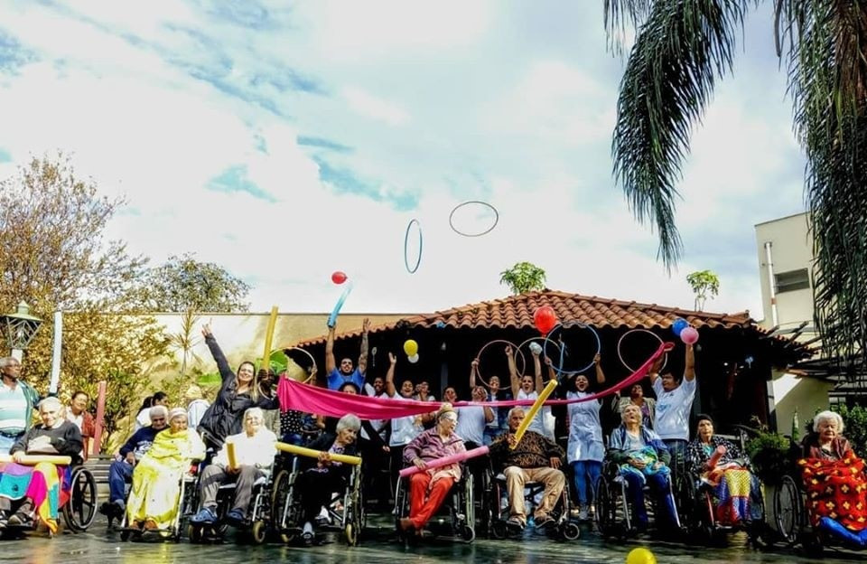 Idosos do Lar Betel em atividade, antes da pandemia - Crédito: Divulgação