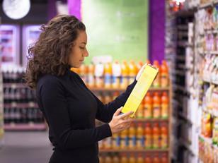 Novo design do rótulo: nutricionista explica como fazer a leitura certa da tabela nutricional