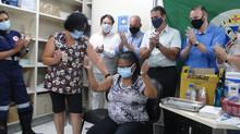Após 1ª dose contra Covid-19 em Piracicaba, residentes em ILPIs começam a ser vacinados no sábado