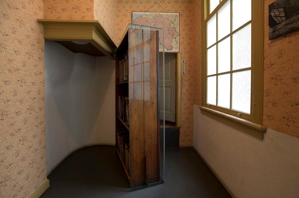 Casa de Anne Frank, localizada em Amsterdã, está entre as opções de visitas on-line gratuitas - Imagem: Anne Frank House/Cris Toala Olivares