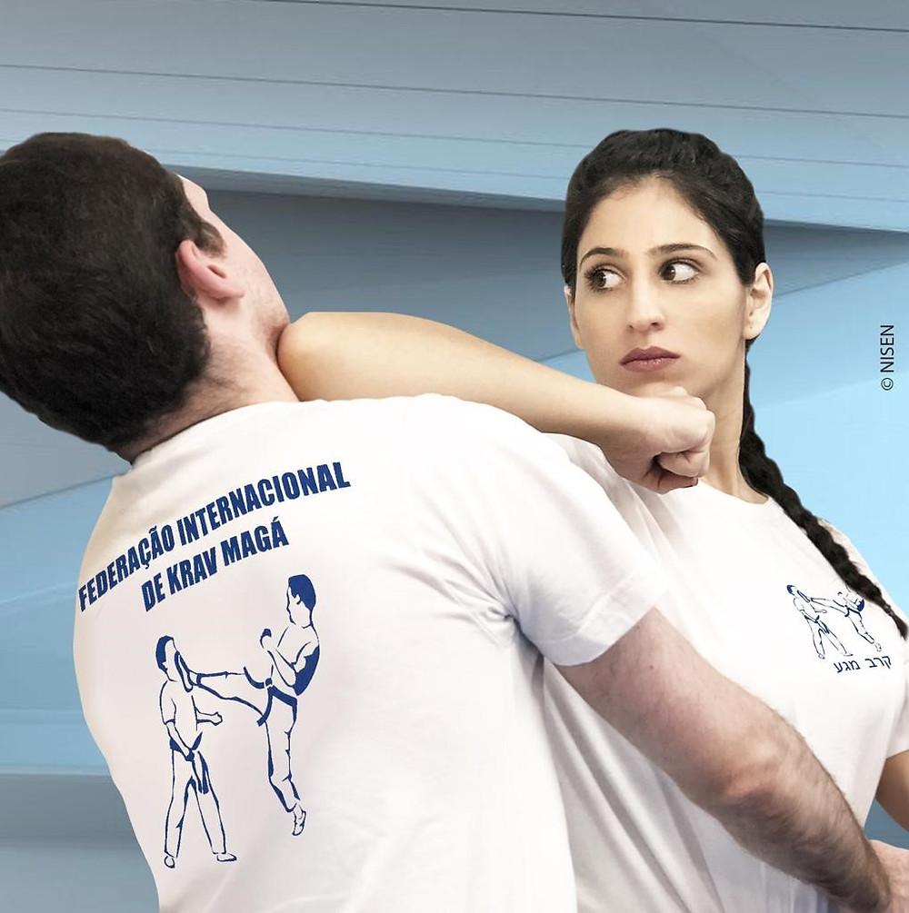 Objetivo é ensinar as mulheres e meninas a se defenderem das agressões - Imagem: Divulgação