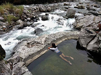 Kili-Falls-and-hotspring.-Bathing-in-hot